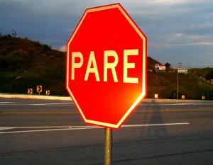 desrespeito-a-sinalizacao-causa-75-mil-acidentes-no-transito-em-2014