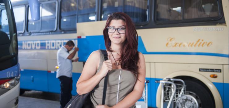 agora-e-lei-jovens-podem-viajar-de-graca-em-onibus-e-trens-interestaduais