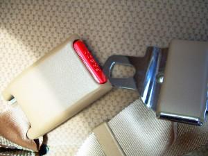 cinto-deve-ser-utilizado-por-todos-os-passageiros-do-veiculo