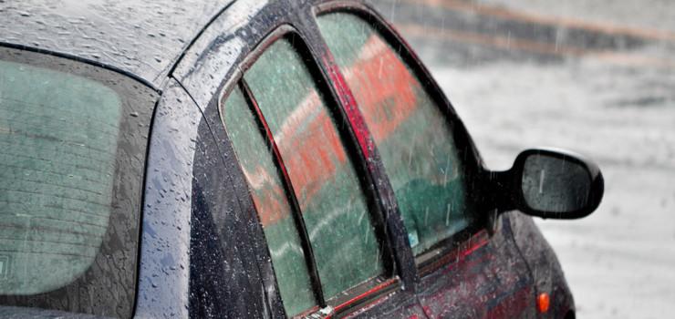 esteja-alerta-para-o-transito-e-condicoes-do-veiculo-em-dias-de-chuva