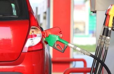 73-do-preco-da-gasolina-e-imposto-e-margem-de-lucro