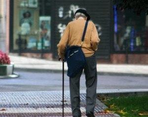 no-dia-internacional-do-idoso-detran-sp-alerta-aos-cuidados-para-a-terceira-idade-no-transito