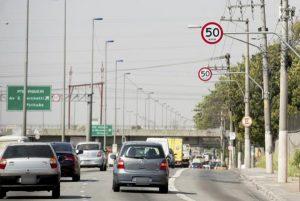 reducao-da-velocidade-e-decisiva-para-a-seguranca-no-transito