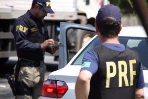 sistema-da-prf-alerta-sobre-carros-roubados-e-furtados