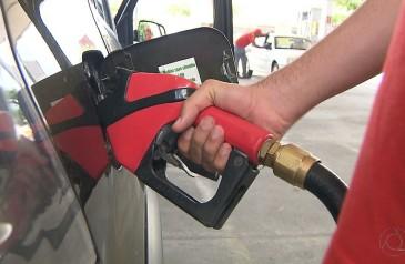 preco-medio-da-gasolina-sobe-pela-12a-semana-seguida-e-se-aproxima-de-r-420