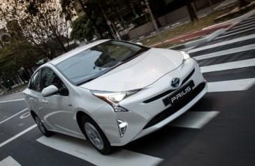 carros-eletricos-e-hibridos-pagarao-imposto-de-carro-popular
