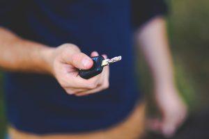 ccj-vota-possibilidade-de-jovens-anteciparem-testes-para-obter-carteira-de-motorista