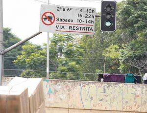 estudo-revela-dificuldades-do-transporte-de-cargas-em-centros-urbanos