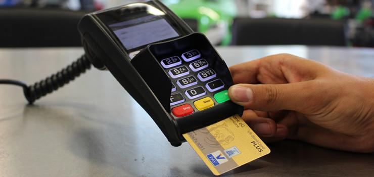 apos-suspensao-contran-regulamenta-pagamentos-de-multas-com-cartao-de-debito-e-credito