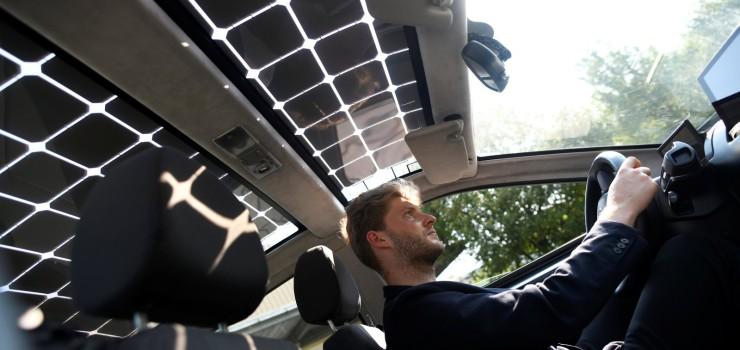 carro-eletrico-movido-a-energia-solar-se-recarrega-enquanto-anda