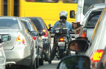 detran-sp-reforca-importancia-seta-evitar-acidentes-transito