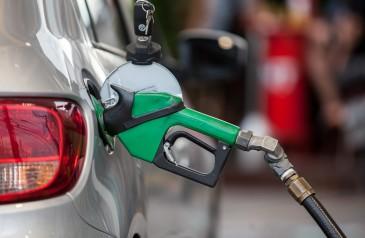 preco-medio-do-diesel-e-da-gasolina-nas-bombas-terminam-a-semana-em-alta-diz-anp