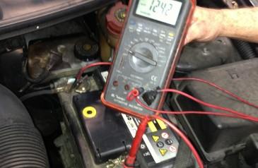 como-aumentar-a-vida-util-da-bateria-do-carro