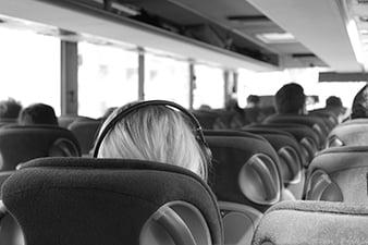 mais-da-metade-dos-passageiros-de-onibus-nao-usam-cinto-de-seguranca-min