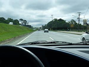 deputado-propoe-pl-que-exige-aulas-em-rodovias-para-tirar-a-cnh-min