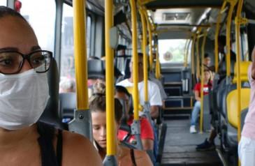 prefeitura-de-sp-aumenta-frota-de-onibus-em-circulacao-pelo-4o-dia-seguido-apos-lotacao-de-passageiros