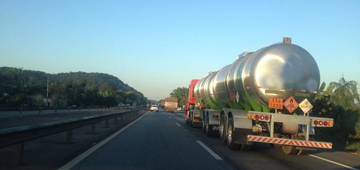 transporte-de-produto-quimico-min